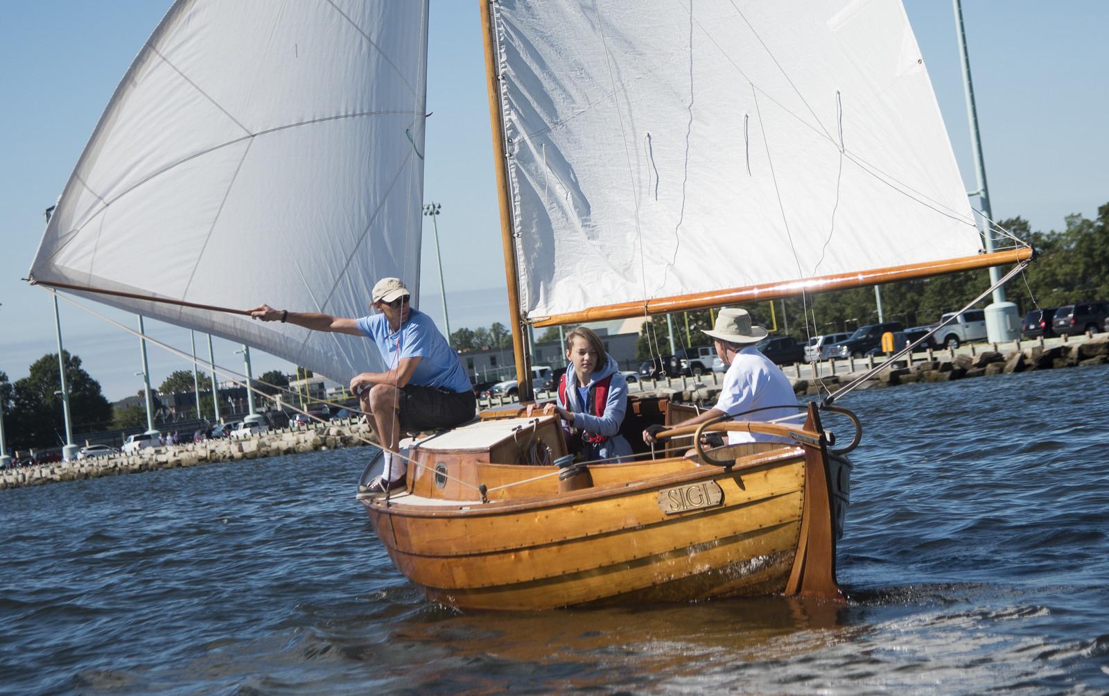 Classic Wooden Sailboat Rendezvous Amp Race Capital Gazette