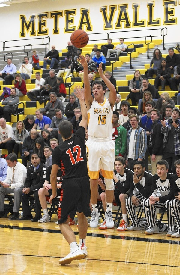 Boys basketball notes: Payton Thorne finds place in Metea ...