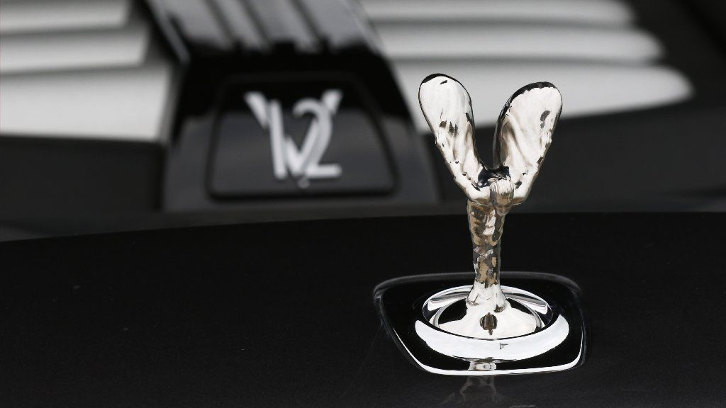 Logo Logic Whats Behind The Worlds Most Famous Car Brands Chicago Tribune