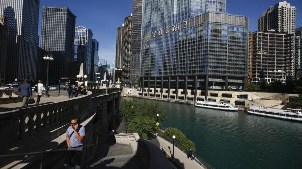 Chicago's Trump Tower sued for violating clean water laws ...