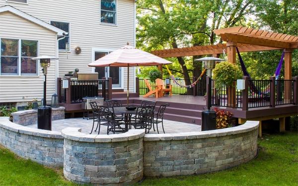 https www treasured earth com services brick pavers patios walks html