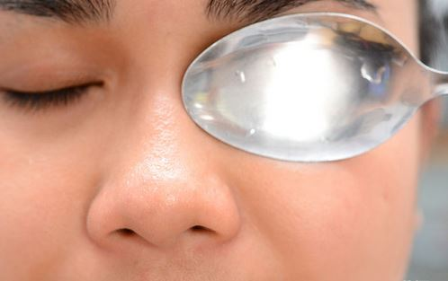 How To Get Rid Of Dark Circles Naturally Wikihow