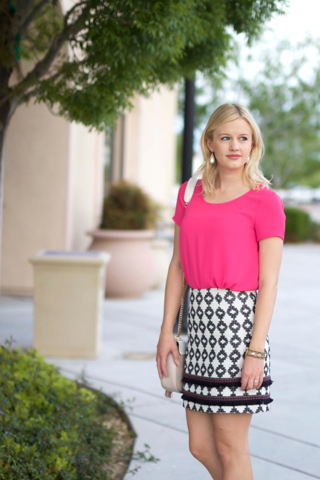 hote-pink-outfit