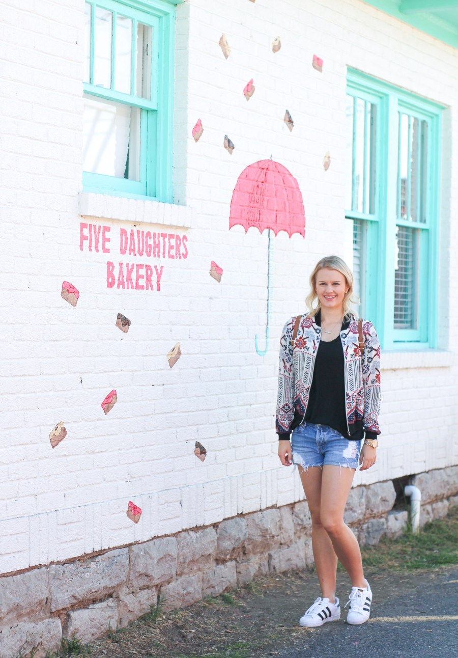 Five Daughters Bakery, Nashville, Tennessee, Cronuts, Blog, Food Blogger, Treats and Trends, Travel Guide