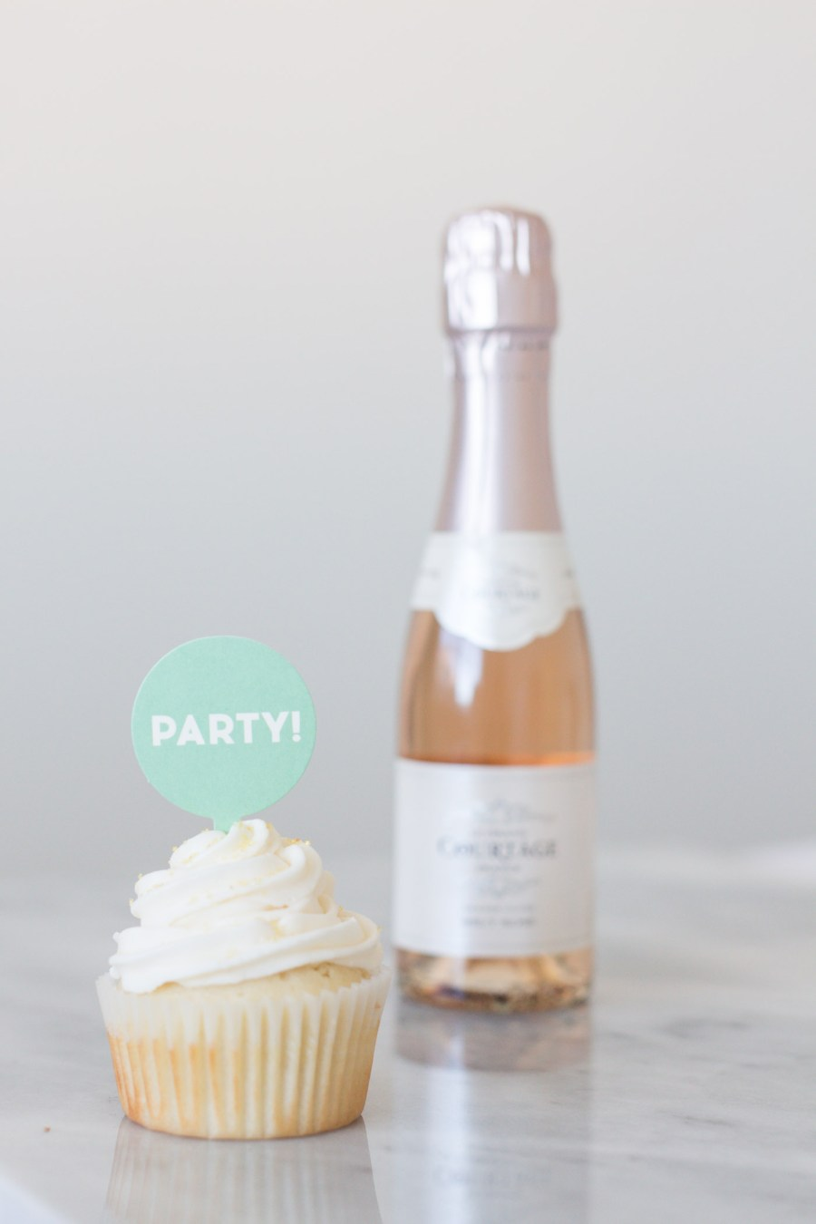 pink champagne cupcakes, food blog, Treats and Trends, baking blog, dessert, recipe, New Year's Eve