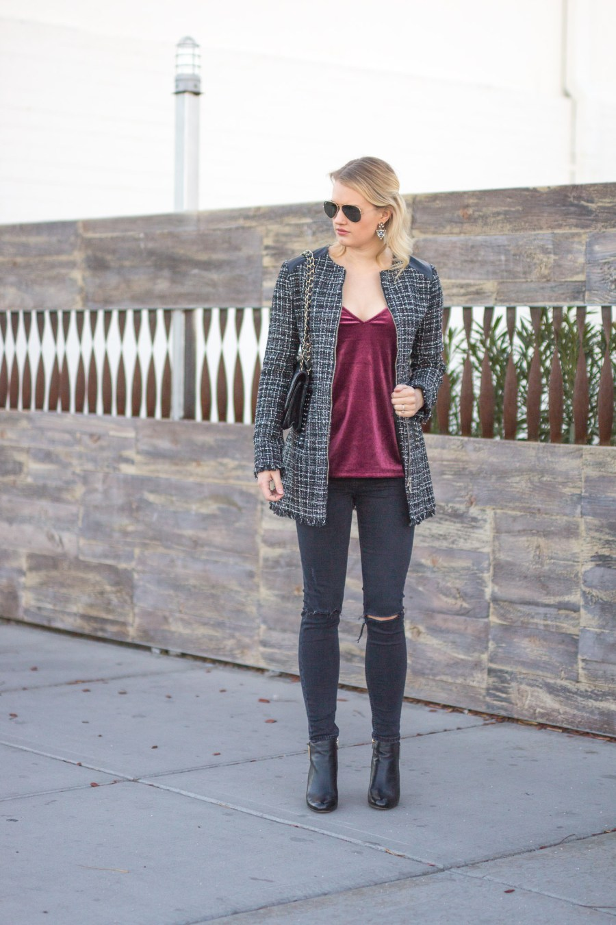 how to style a tweed coat, ZARA tweed coat, fashion blog, Treats and Trends, winter outfit idea
