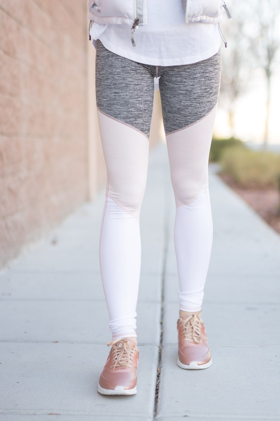 cute workout clothes, Free People yoga pants, athleisure, fashion blog, Treats and Trends