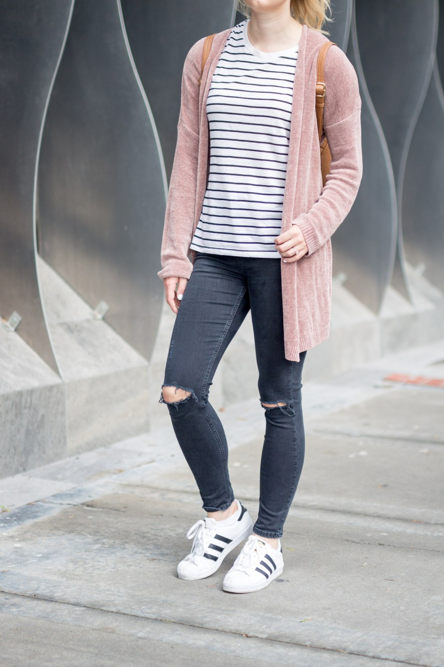 Comfy and Casual Outfit for Exploring San Diego, fashion blog, Treats and Trends