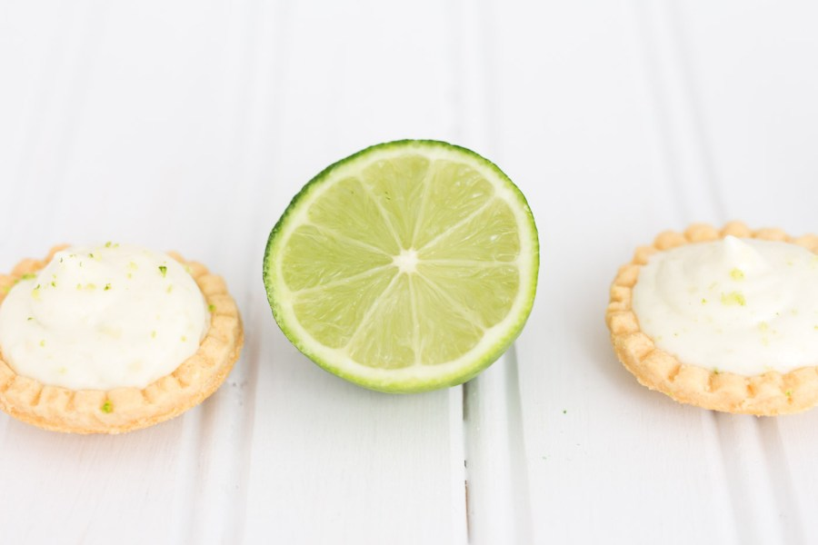 Mini Key Lime Pies Two Ways, baking blog, summer recipe, dessert, Treats and Trends