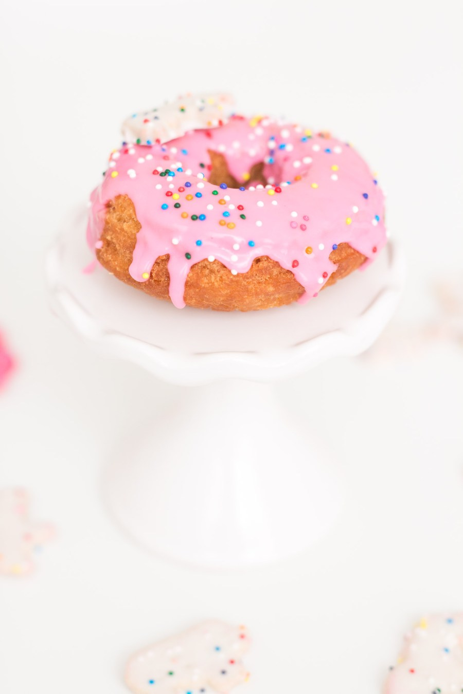 Frosted Circus Animal Cookie Donuts, doughnut recipe, food blog, Treats and Trends