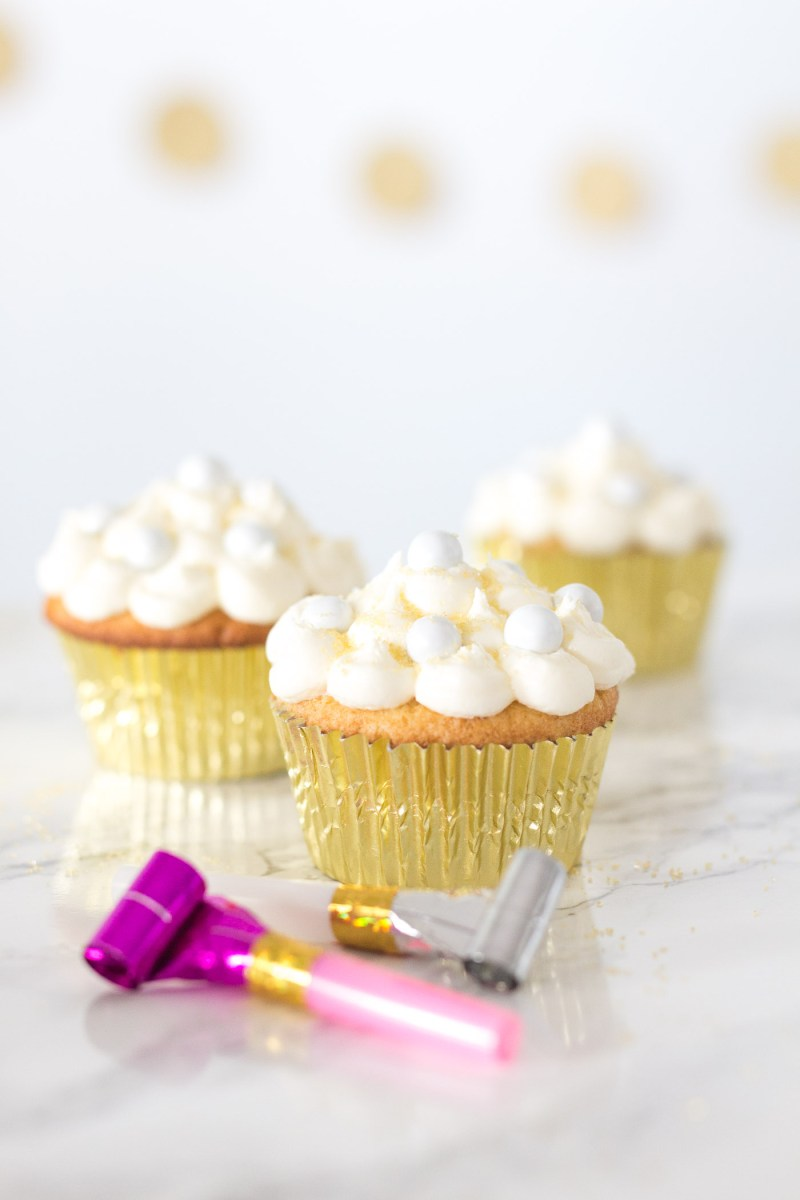 Champagne Cupcakes SoBakeable