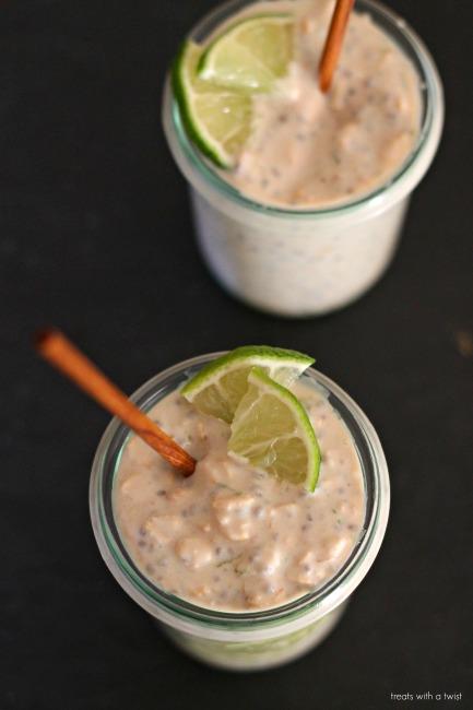 Key Lime Pie Oats // treatswithatwist.com // gluten free