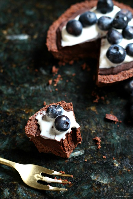 Red Wine Chocolate Berry Torte (for two) // gluten free // treatswithatwist.com
