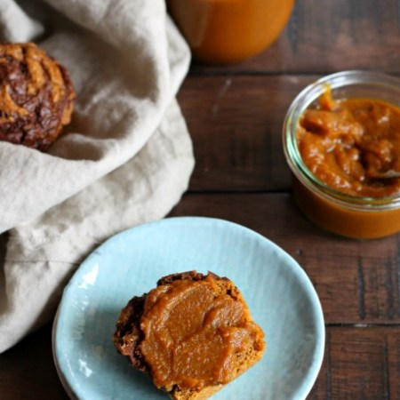 Stovetop Pumpkin Butter // ready in 30 minutes! // treatswithatwist.com