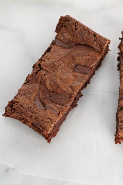 Nutella Swirled Brownies // gluten free // treatswithatwist.com