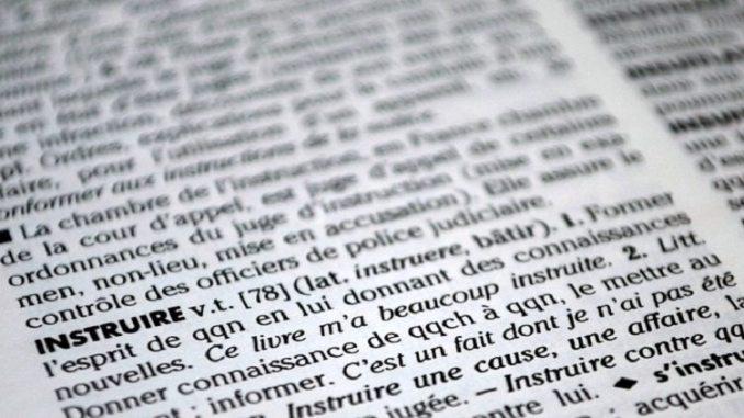 dictionay, bilingualism