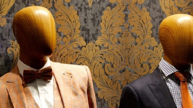bald mannequins