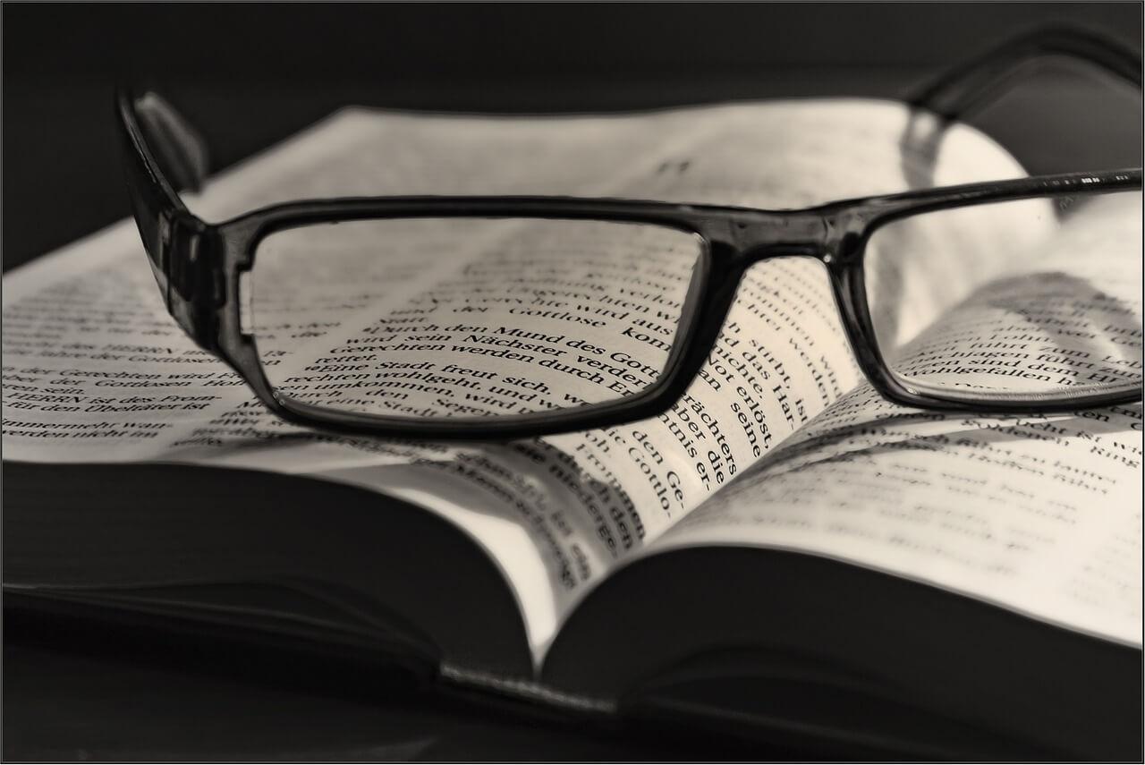 book-631748_1280