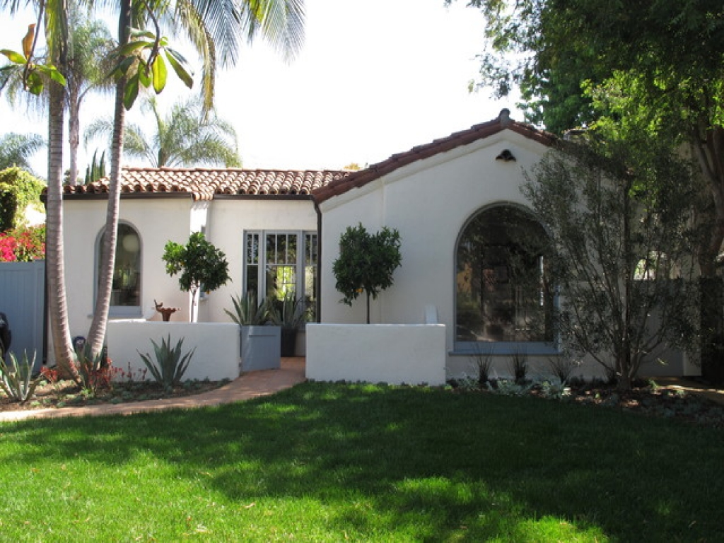 Spanish Style Homes With Courtyards Small Spanish Style Homes With Courtyards Spanish Bungalow