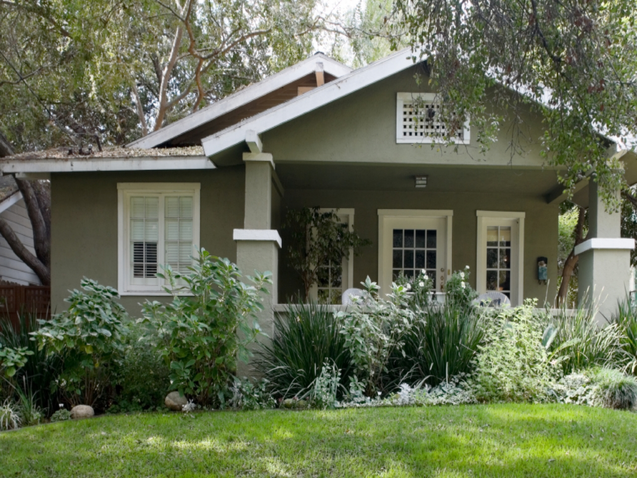 Exterior House Colors With Brown Roof Exterior House