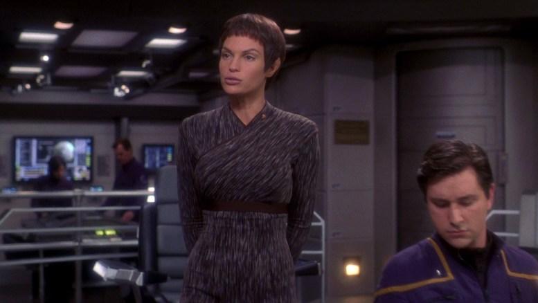 T'Pol na ponte da Enterprise