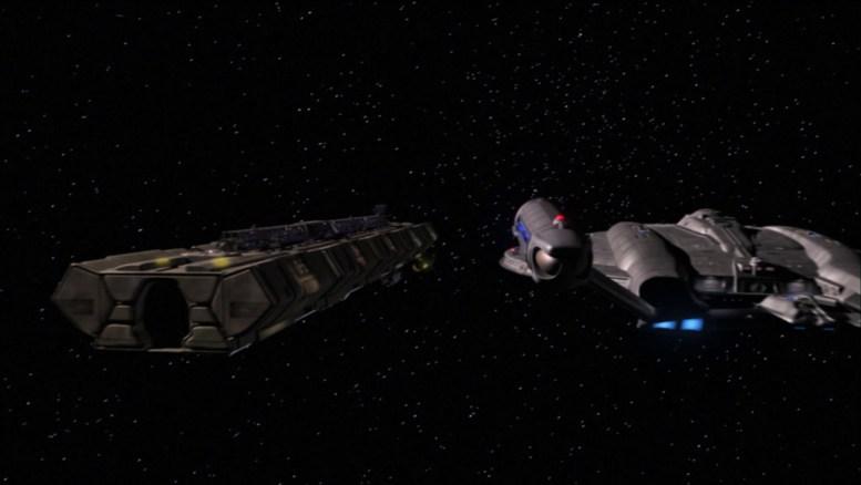 Cargueiro civil Horizon e a Enterprise