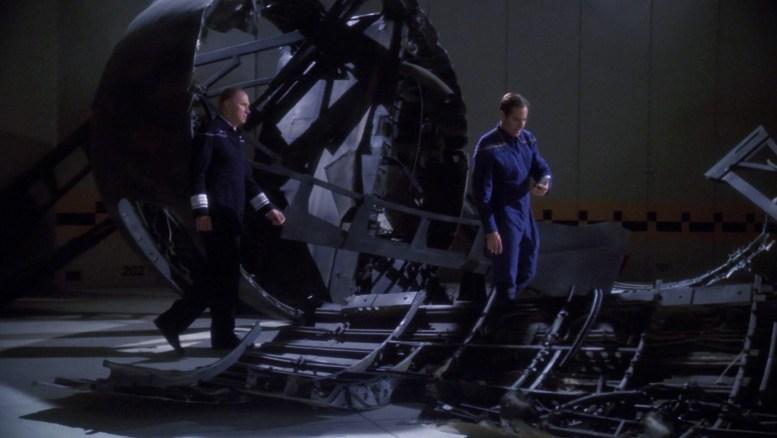 Archer investigando sonda Xindi