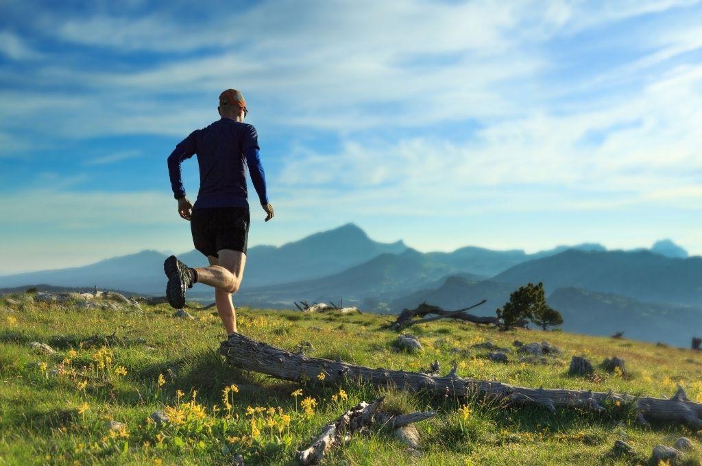 La course à pied, meilleure sport pour préparer un trail de plusieurs jours