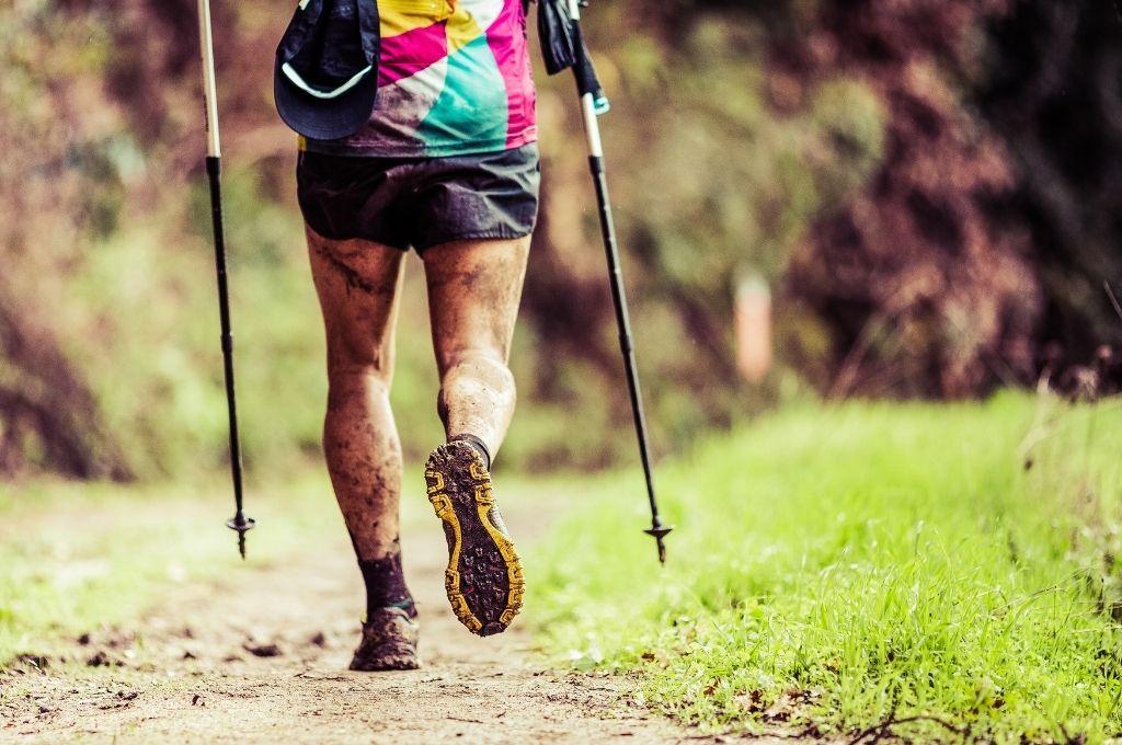 Les vêtements  enssentile pour faire le Tour du Mont Blanc en trail
