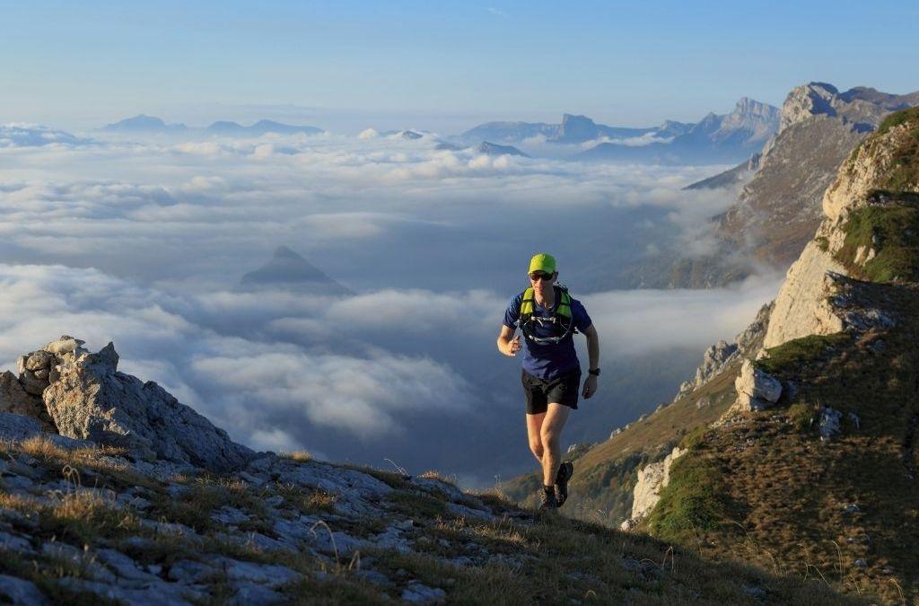Faire le Tour du Mont Blanc en trail : tout savoir pour un séjour réussi (préparation physique, matériel, …)
