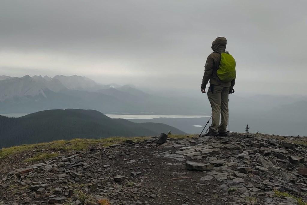 Une veste imperméable en Gore tex pour la randonnée