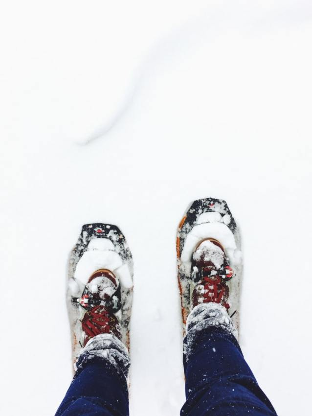 raquettes montagne - randonnée montagne hiver - randonnée en raquettes - matériel randonnée en hiver