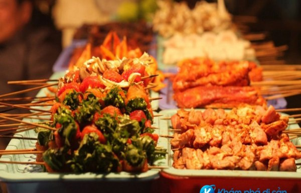 Sample Local Food in Sapa