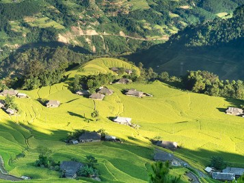 Experience daily life in village of Sapa 2 Days