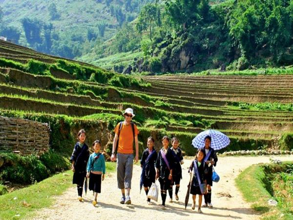 Silver Waterfall And Sin Chai Village,Sapa trekking tours