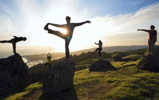 Yoga trekking nella natura