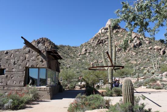 The pinnacle peak hike has a trail culture that is becoming more and more common in phoenix. Pinnacle Peak Trail Scottsdale Arizona Trek Southwest