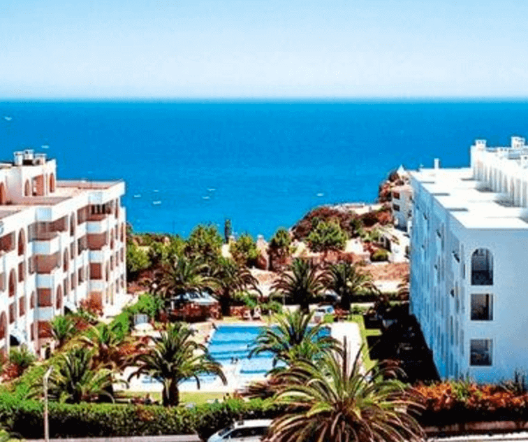 cheap algarve holiday