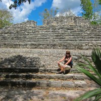 Kathy Chilling in Coba