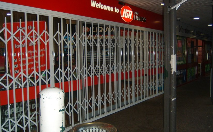 MASTER GROCERS AUSTRALIA AND LIQUOR RETAILERS AUSTRALIA (MGA LRA) ENDORSES SECURITY DOORS OF THE AUSTRALIAN TRELLIS DOOR CO (ATDC)