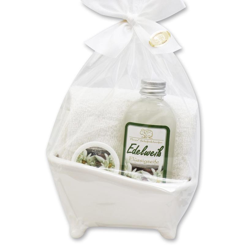 keramik-badewanne-fluessigseife-edelweiss