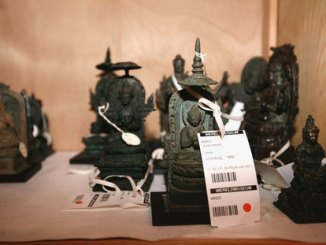 Vrienden Wereldmuseum verkopen voor tonnen
