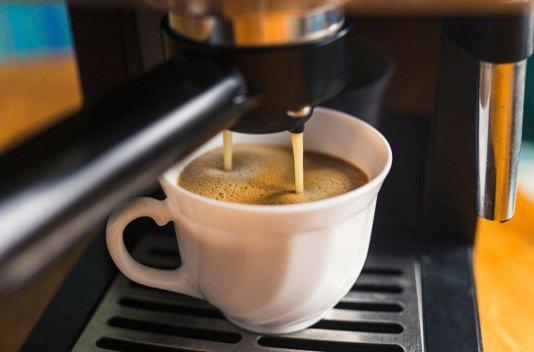 Niezbędne akcesoria do czyszczenia ekspresu do kawy