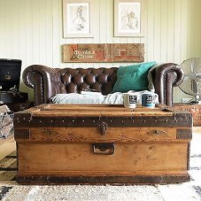Ideas To Decorate Your House With Vintage Chests And Trunks 03