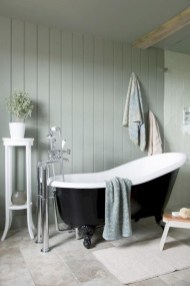 Inspiring Bathrooms With Stunning Details 47