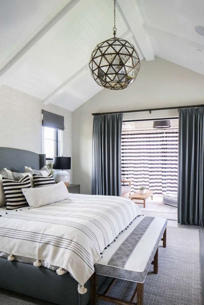 Amazing Bedroom Designs With Bathroom 22
