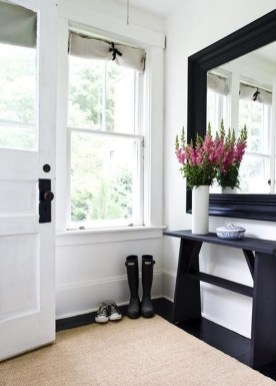 Chic And Simple Entrance Ideas For Your House 18