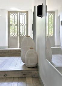 Chic And Simple Entrance Ideas For Your House 37