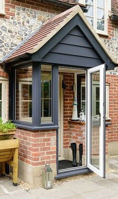 Stylish Small Entrance Ideas 24
