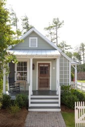 This Small Charming House Is Perfect 31